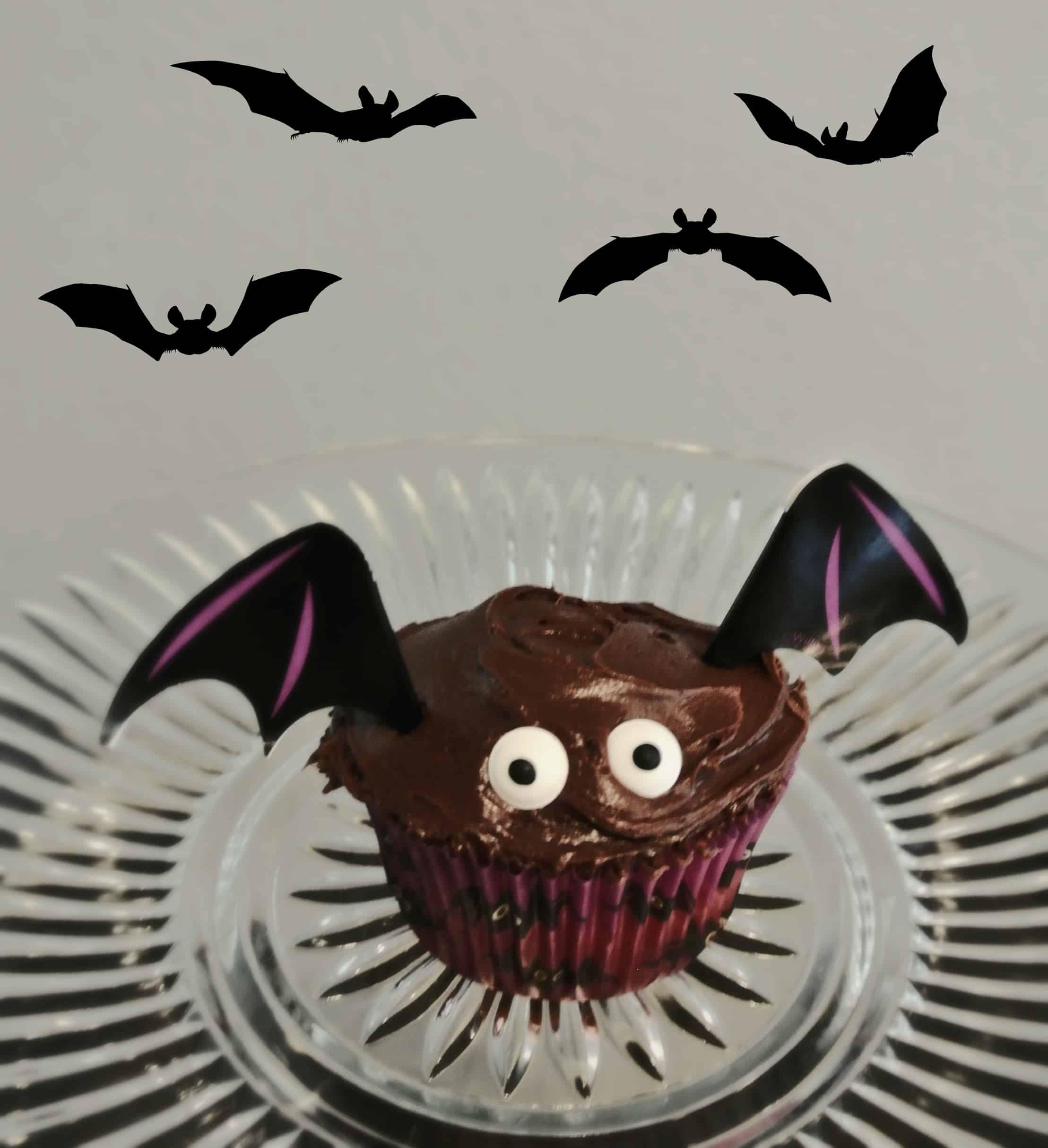 Bat cupcake