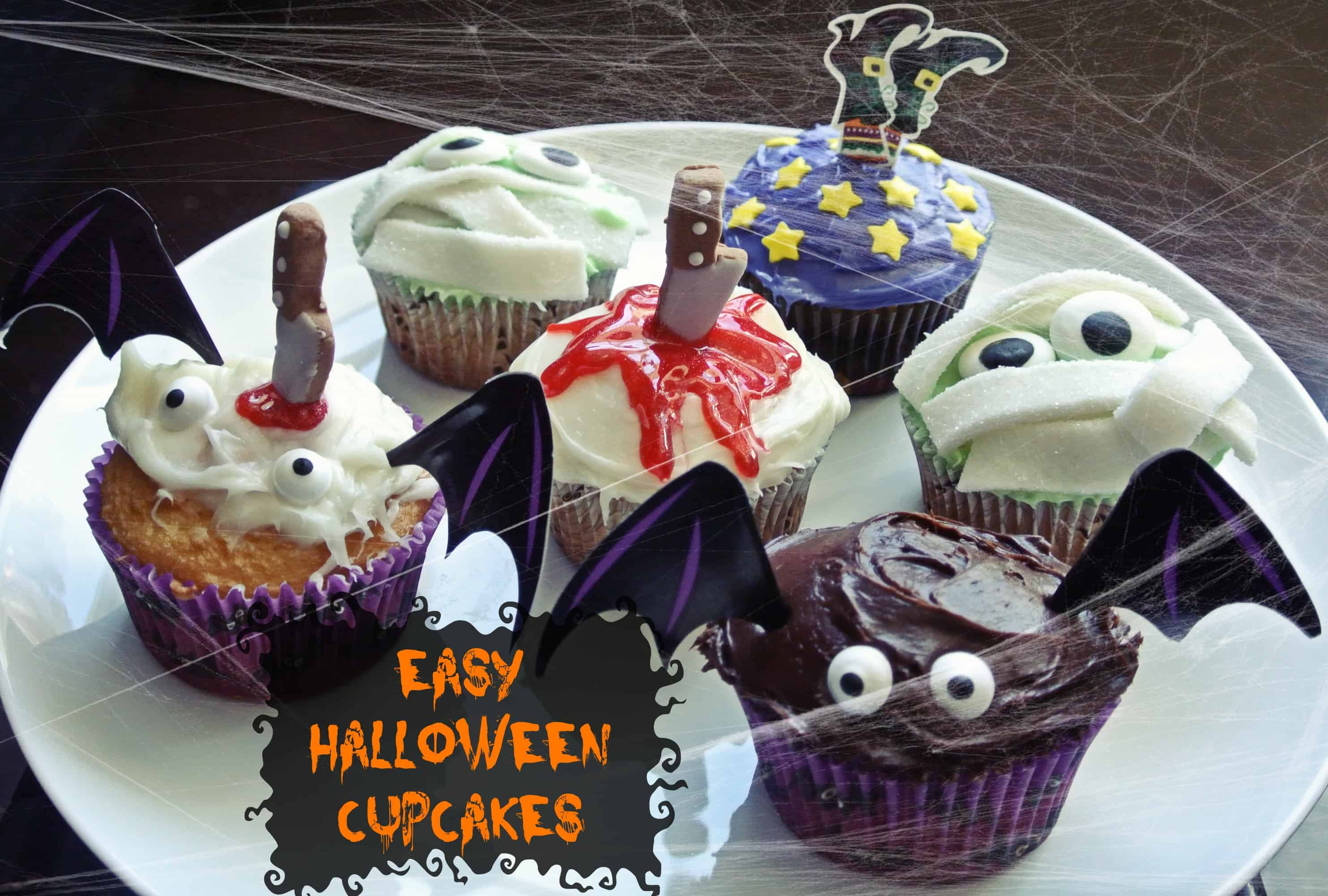 Cute and easy halloween cupcakes half crazy mama Cute easy halloween cakes