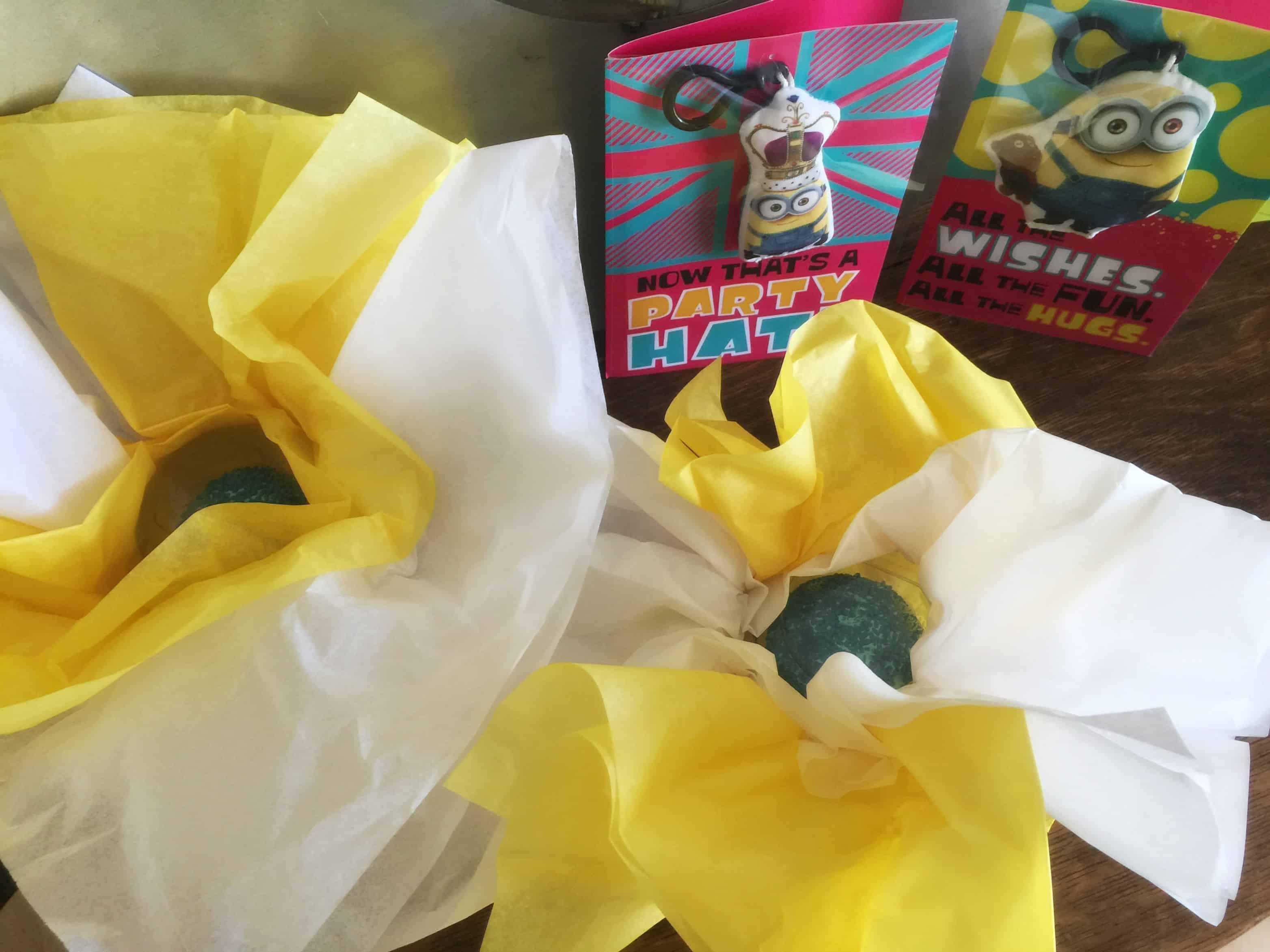 cupcake_presents_minions