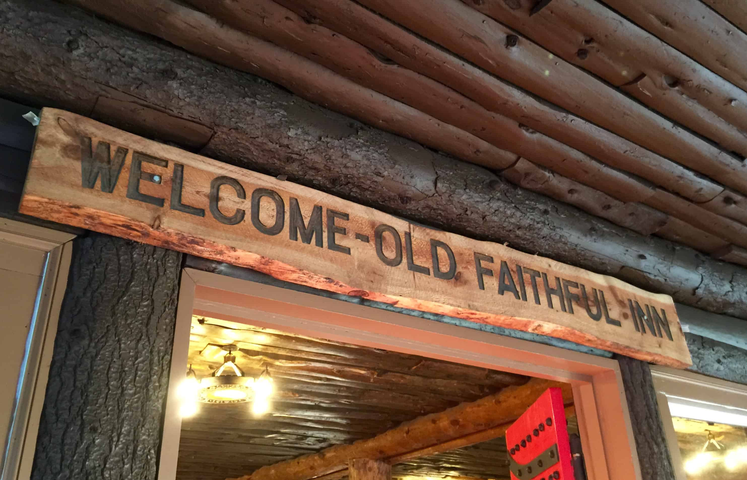 old_faithful_inn_welcome