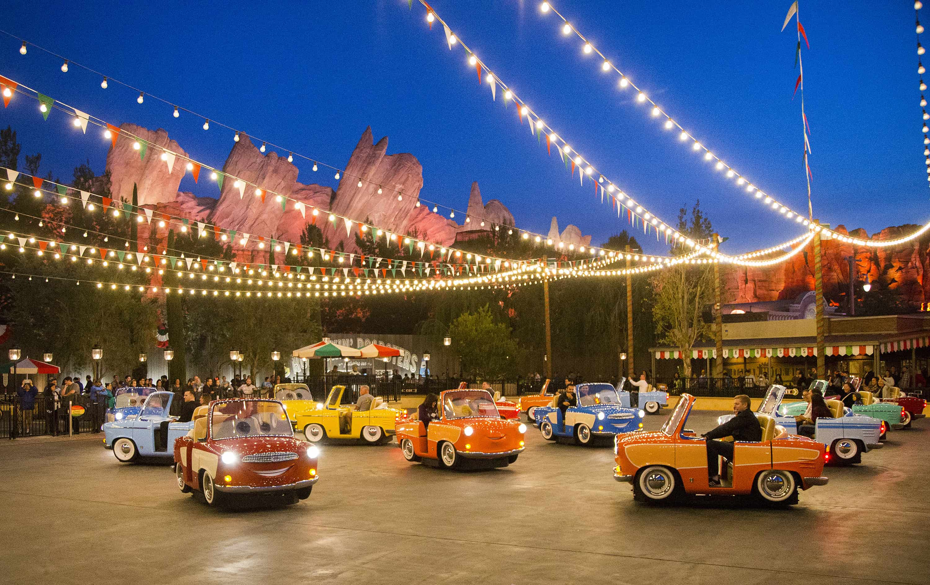 Top 10 Must Do S At Disneyland Resort With Your